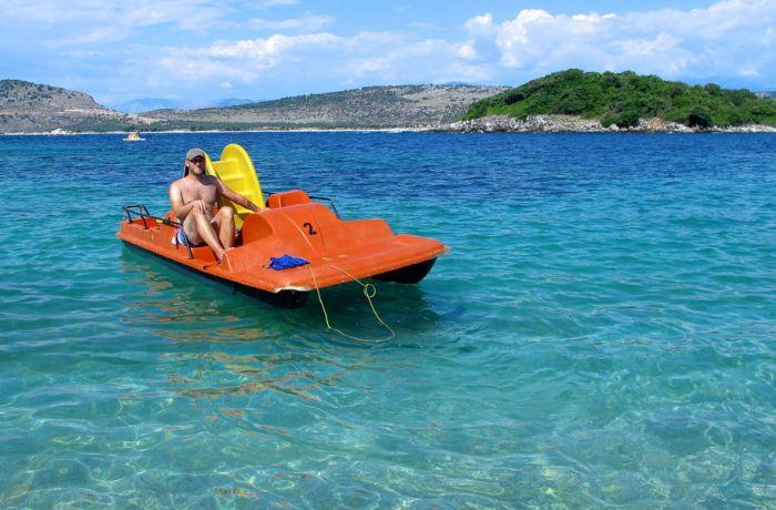 Сколько тратят на развлечения и отдых в Албании