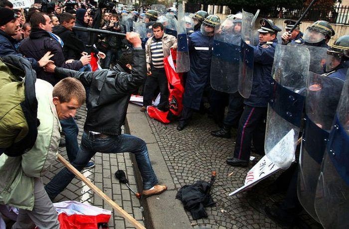Сколько экономика Албании теряет из-за насилия?