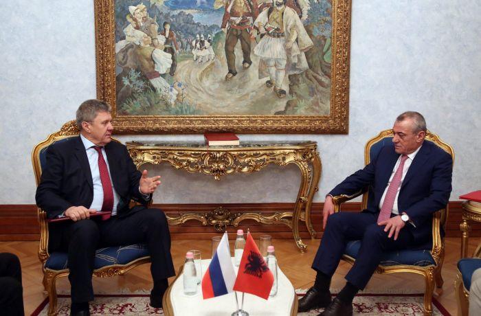 Посол России встретился с председателем парламента Албании