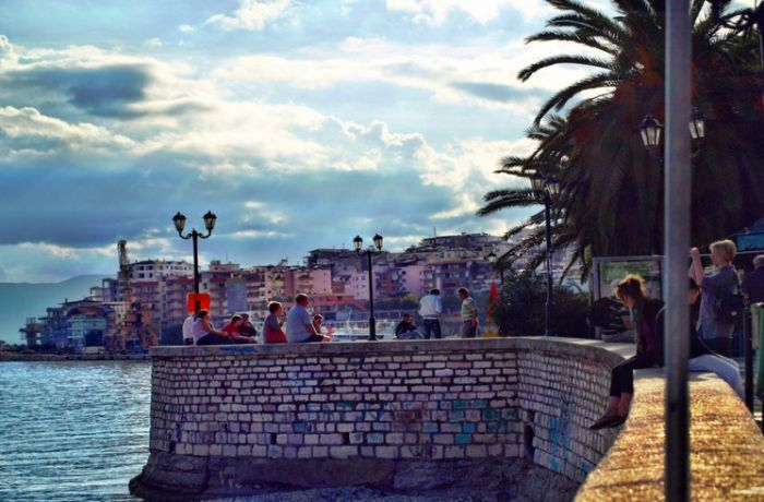 Албания ищет консультанта для проекта по развитию туризма в Саранде