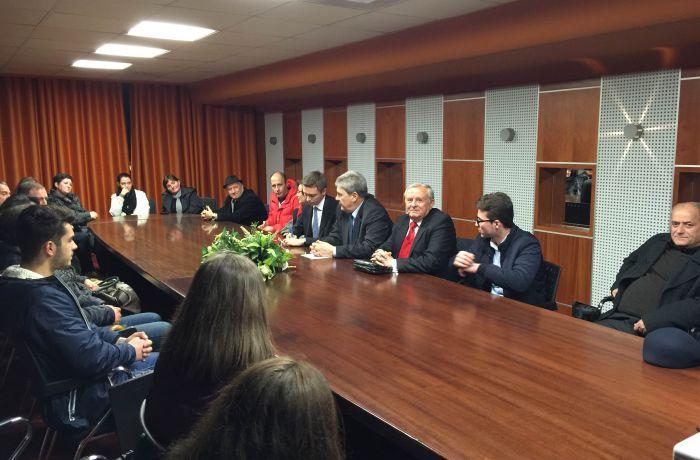 Посол России в Албании встретился с албанскими абитуриентами во Влёре