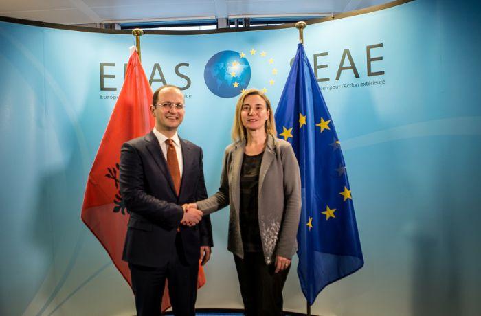 Федерика Могерини и Йоханнес Хан высоко оценили работу албанского правительства