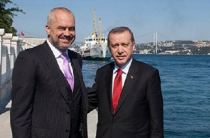 Турция может помочь Албании при строительстве нового аэропорта во Влере