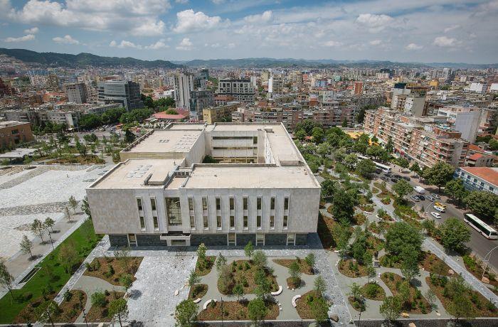 Снижение налогов на строительство в центре Тираны