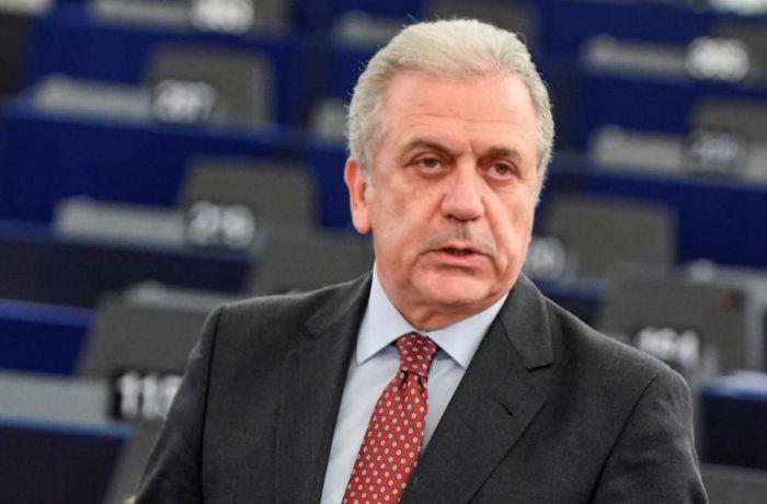Комиссар ЕС высоко оценил планы правительства Албания в отношении мигрантов