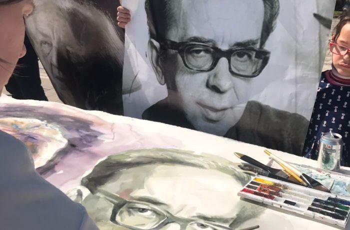 Петербургская художница показала свои работы на биеннале VIZart в столице Албании