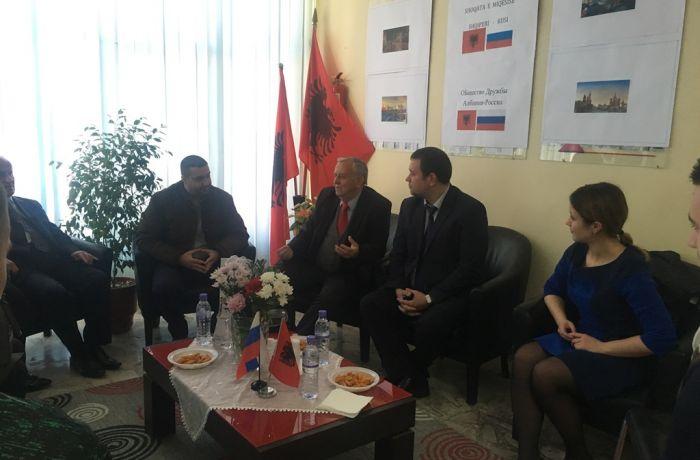 Посольство в РФ в Албании провело встречу с албанскими абитуриентами и членами Общества дружбы «Албания-Россия» во Влёре