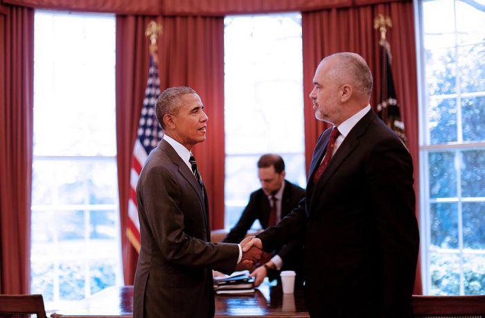 Президент США Обама и албанский премьер Рама обсудили безопасность на Балканах