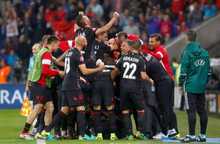 Сборная Албании одержала первую победу на Евро-2016