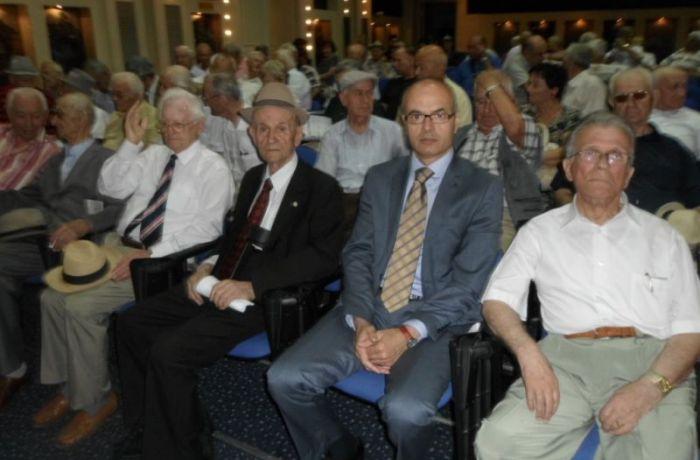 Российский дипломат выразил признательность албанским ветеранам за вклад в победу во Второй мировой войне