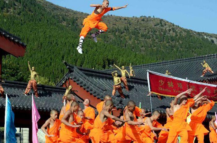 Мастера шаолиньского кунг-фу устроят шоу в столице Албании