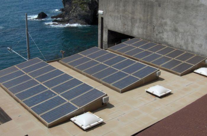 Солнечные батареи обеспечат энергетическую безопасность Албанской Ривьеры