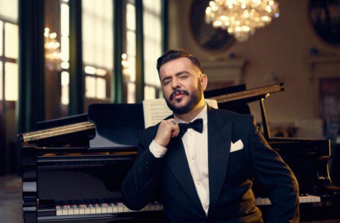 Албанский баритон Гэзим Мюшкета выступит на благотворительном концерте в Ватикане