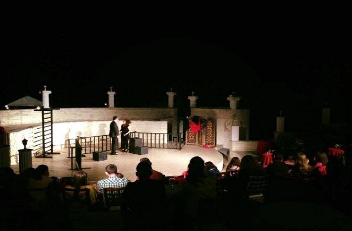 Почему театралам следует выбрать отдых в Албании этой осенью