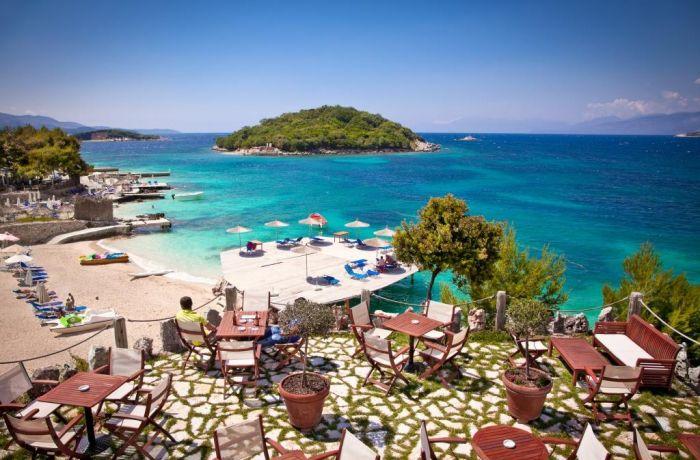 Почему стоит получить кредит на туристический проект в Албании?