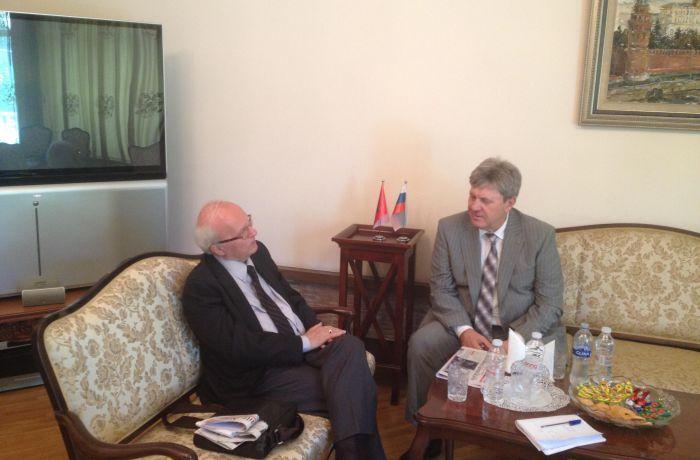 Интервью Посла России в Албании Карпушина главреду албанской газеты Albanian Daily News