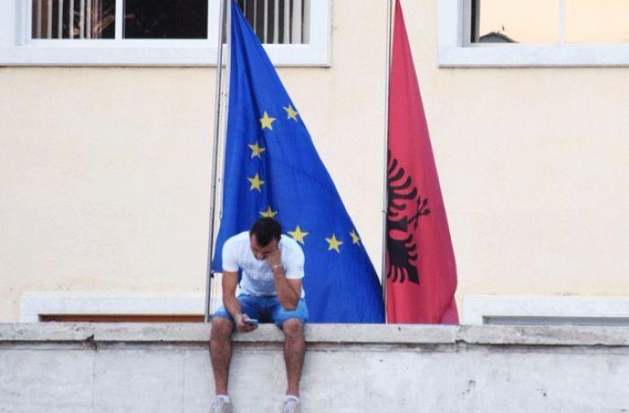 Албания готовится к переговорам о вступлении в ЕС на фоне скептицизма экспертов