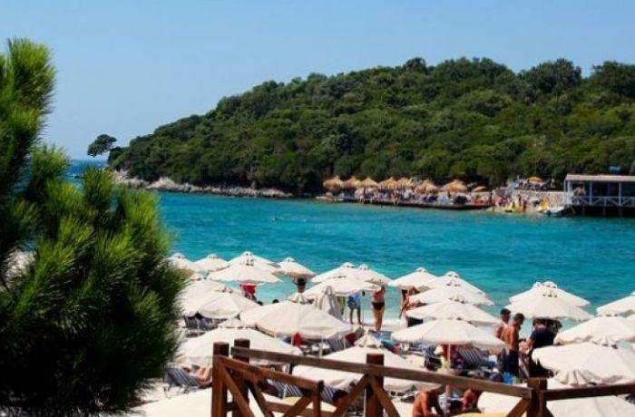 Туризм принес Албании 156 миллионов евро за первые шесть месяцев 2017 года