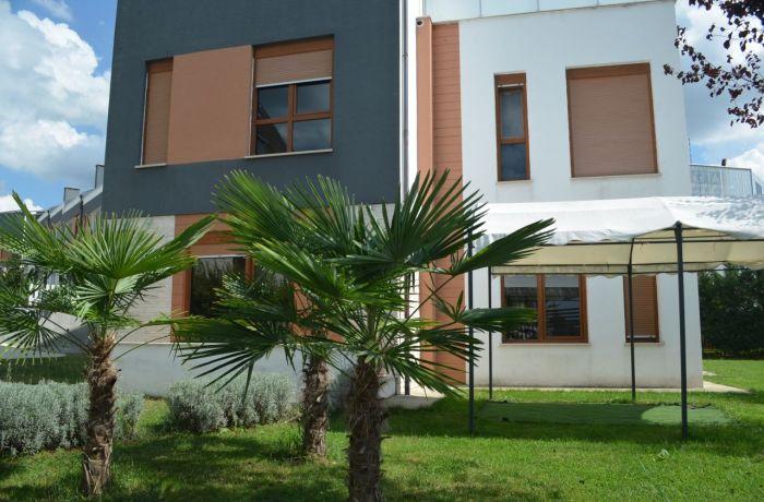 Высокий спрос на квартиры обуславливает рост стоимости аренды в Тиране