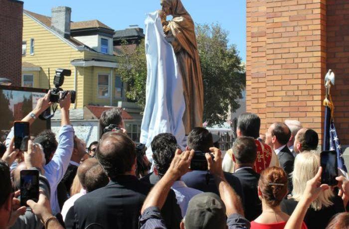 Албанское сообщество в США установило памятник Матери Терезе в Нью-Йорке
