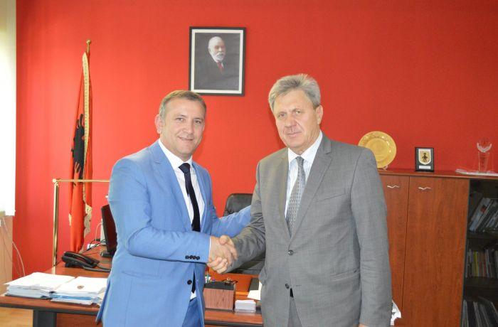Посол России в Албании встретился с префектом Тиранского округа