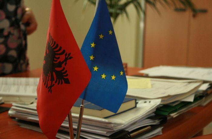 Албания начнет переговоры по членству в ЕС у 2016 году