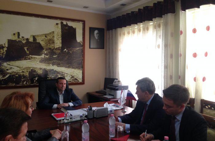 Российский посол в Албании встретился с мэром Берата