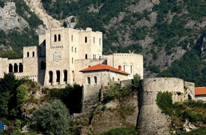 Медицинский и религиозный туризм в Албании на подъеме
