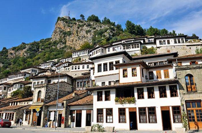 Всемирный банк выделит 63,8 млн евро на развитие туризма в южной Албании