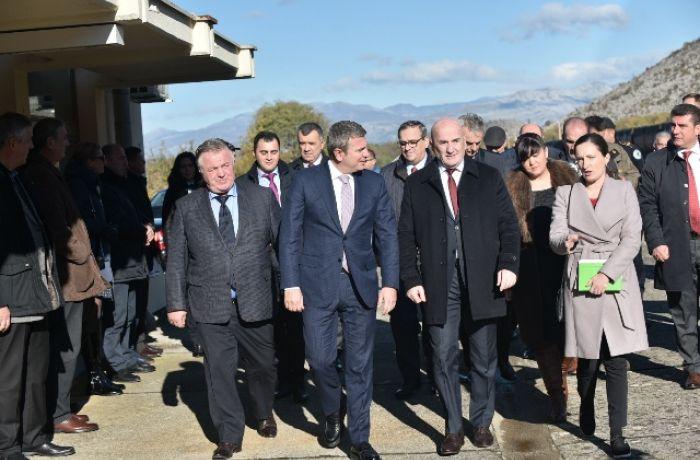 Албания и Черногория открыли совместный железнодорожный вокзал