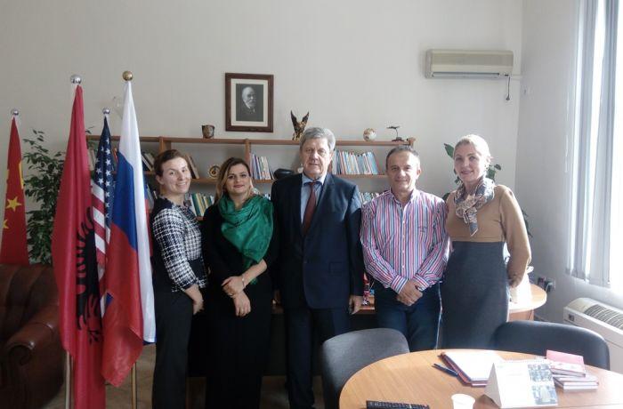 Посол РФ в Албании встретился с деканом Факультета иняза Тиранского Университета