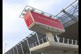 Сколько пассажиров обслуживает крупнейший аэропорт Албании