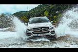 Mercedes-Benz снял рекламный ролик внедорожника GLE в Албании